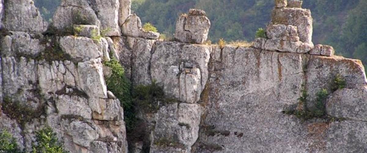 Крымские скалы: наблюдаем быстротечность изменений природы